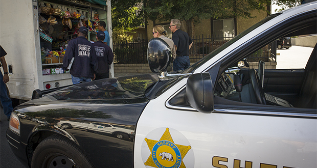 Santa-Clarita-City-Sheriffs-Public-Health-Officials-Conduct-Unpermitted-Food-Vendor-Task-Force-1.jpg