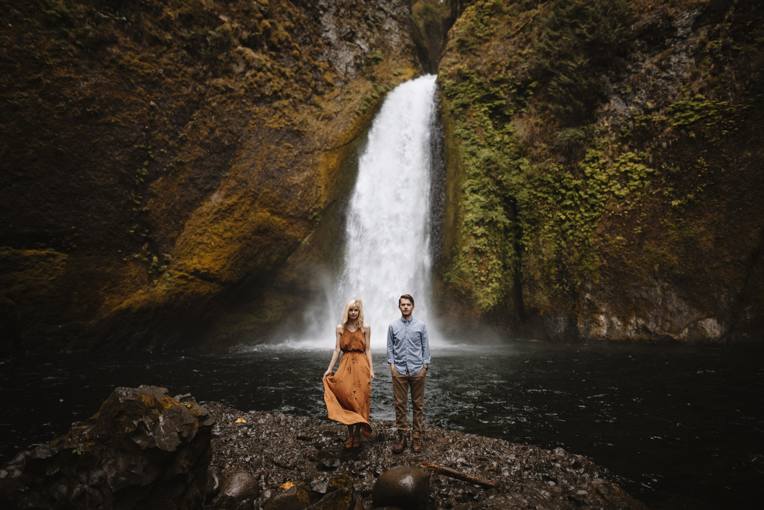 Columbia River Gorge Oregon Adventure Couples Photographer 86.jpg