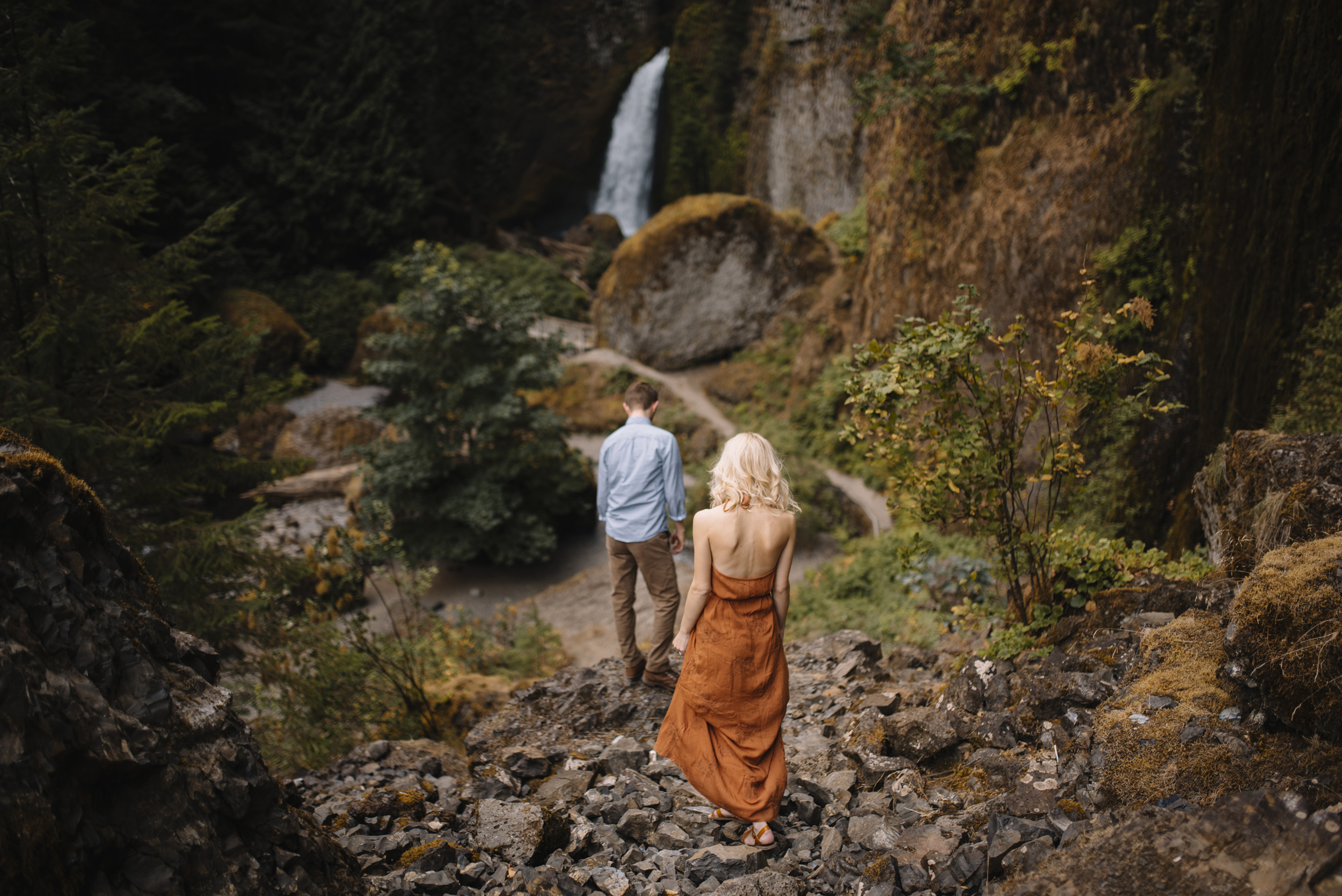 Columbia River Gorge Oregon Adventure Couples Photographer 106.jpg