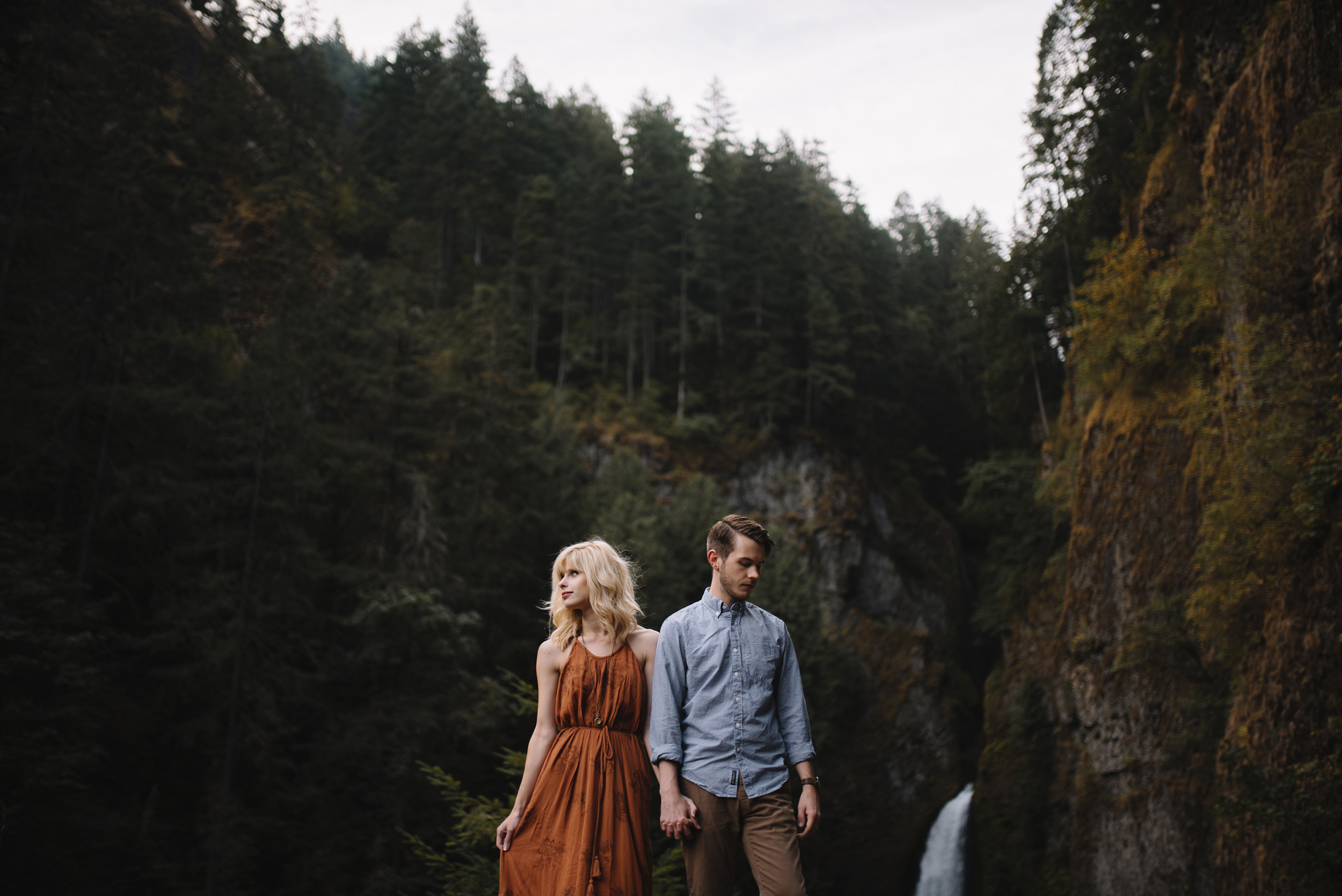 Columbia River Gorge Oregon Adventure Couples Photographer 145.jpg