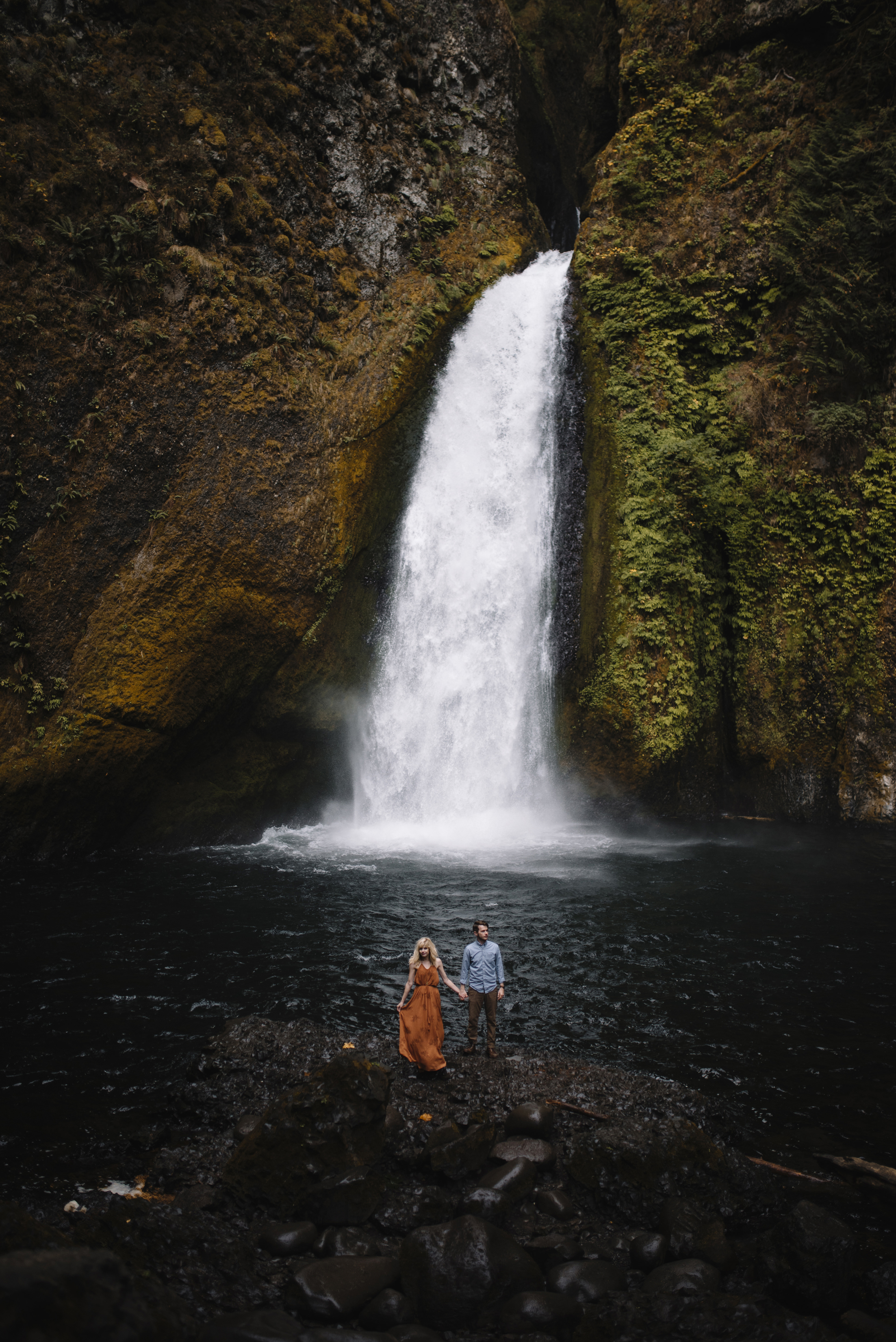 Columbia River Gorge Oregon Adventure Couples Photographer 253.jpg