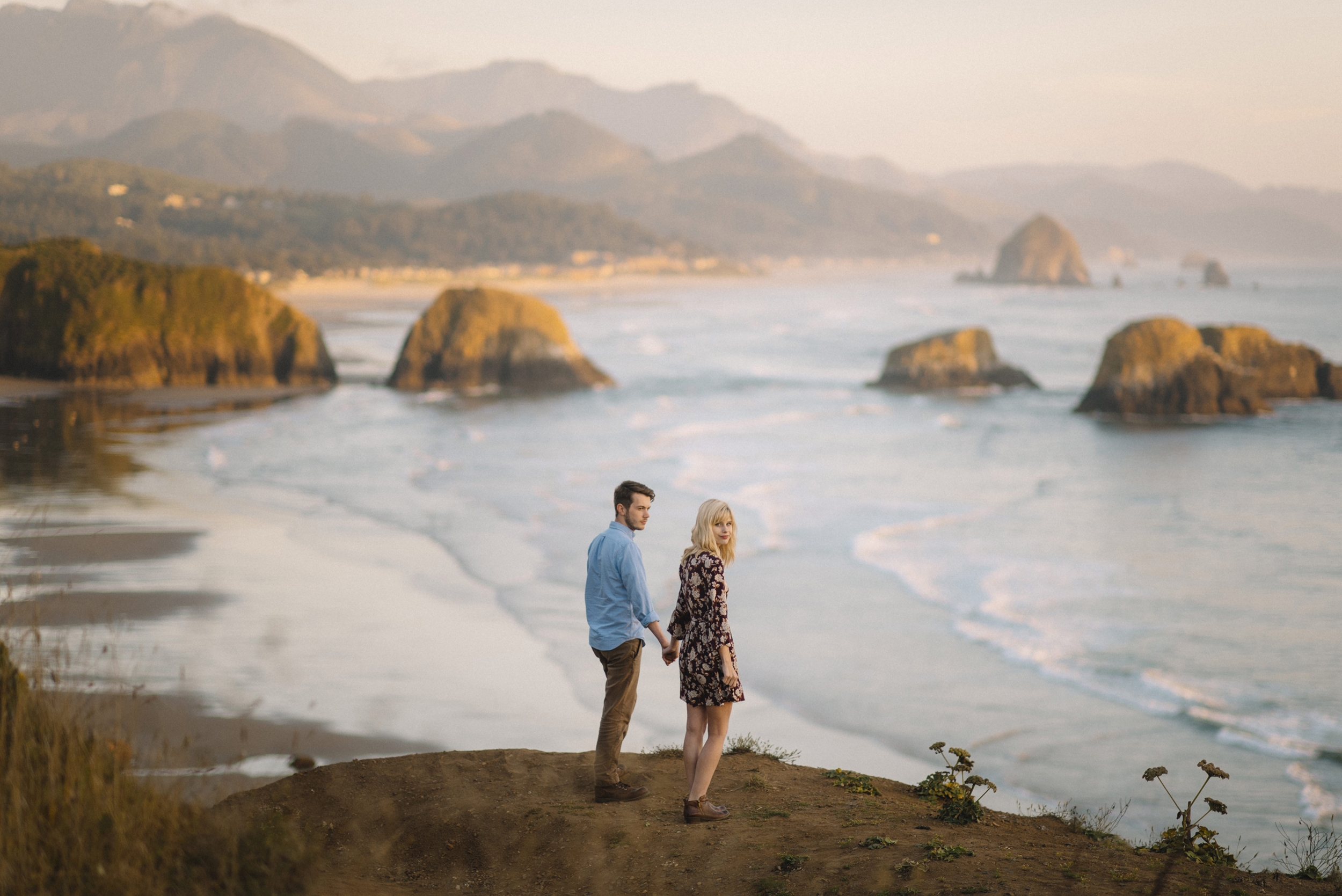 Cannon Beach Oregon Coast Adventure Couples Photographer 88.jpg