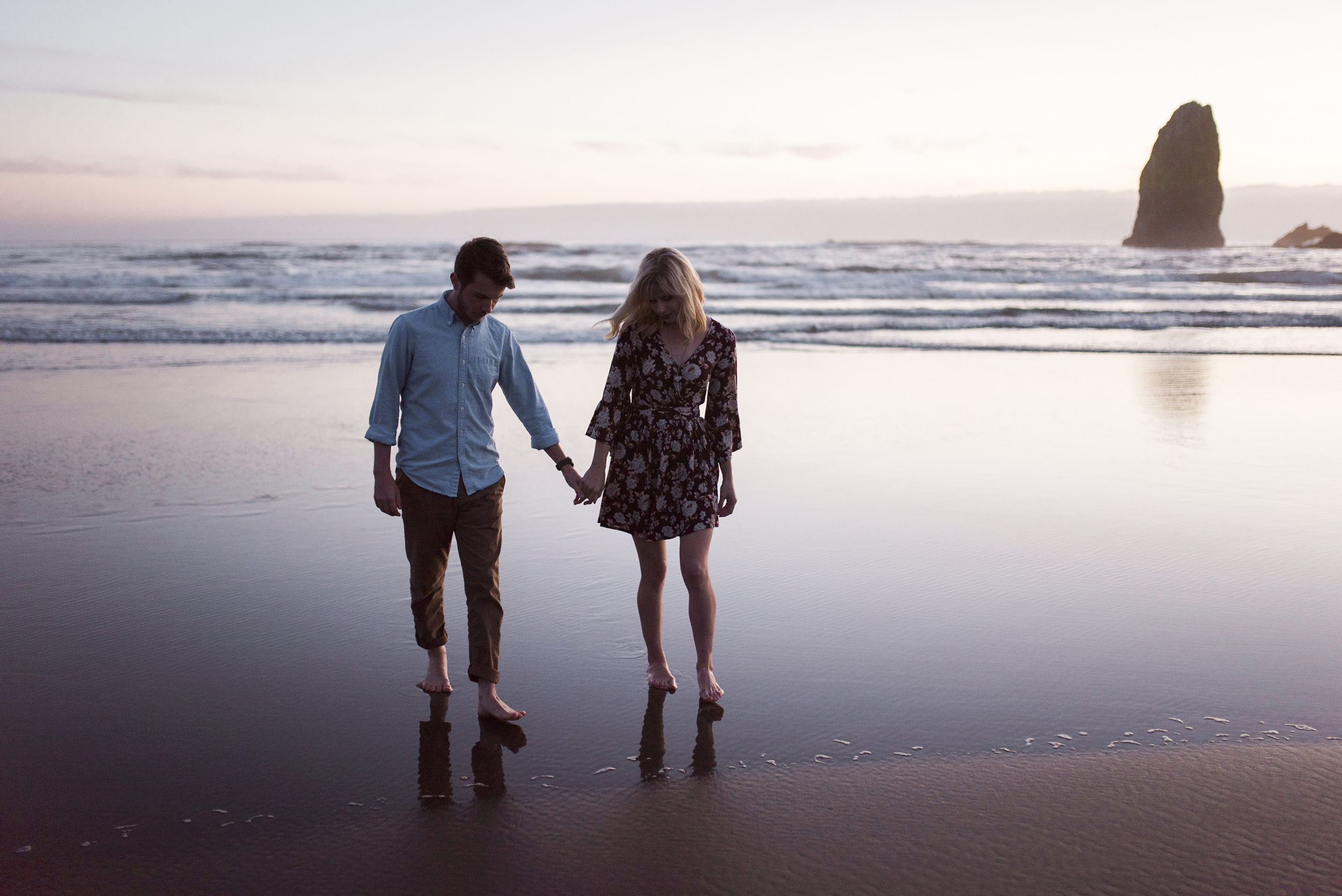 Cannon Beach Oregon Coast Adventure Couples Photographer 157.jpg