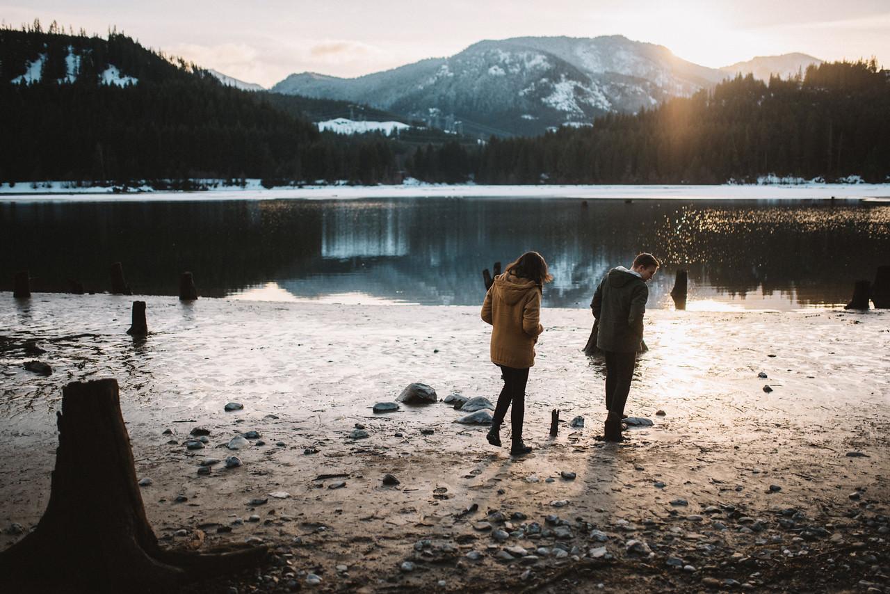 Snoqualmie-Washington-Adventure-Anniversary-Photography66-.jpg