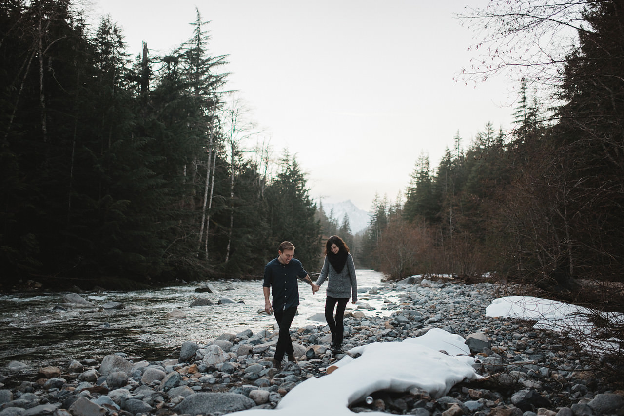 Snoqualmie-Washington-Adventure-Anniversary-Photography98-.jpg