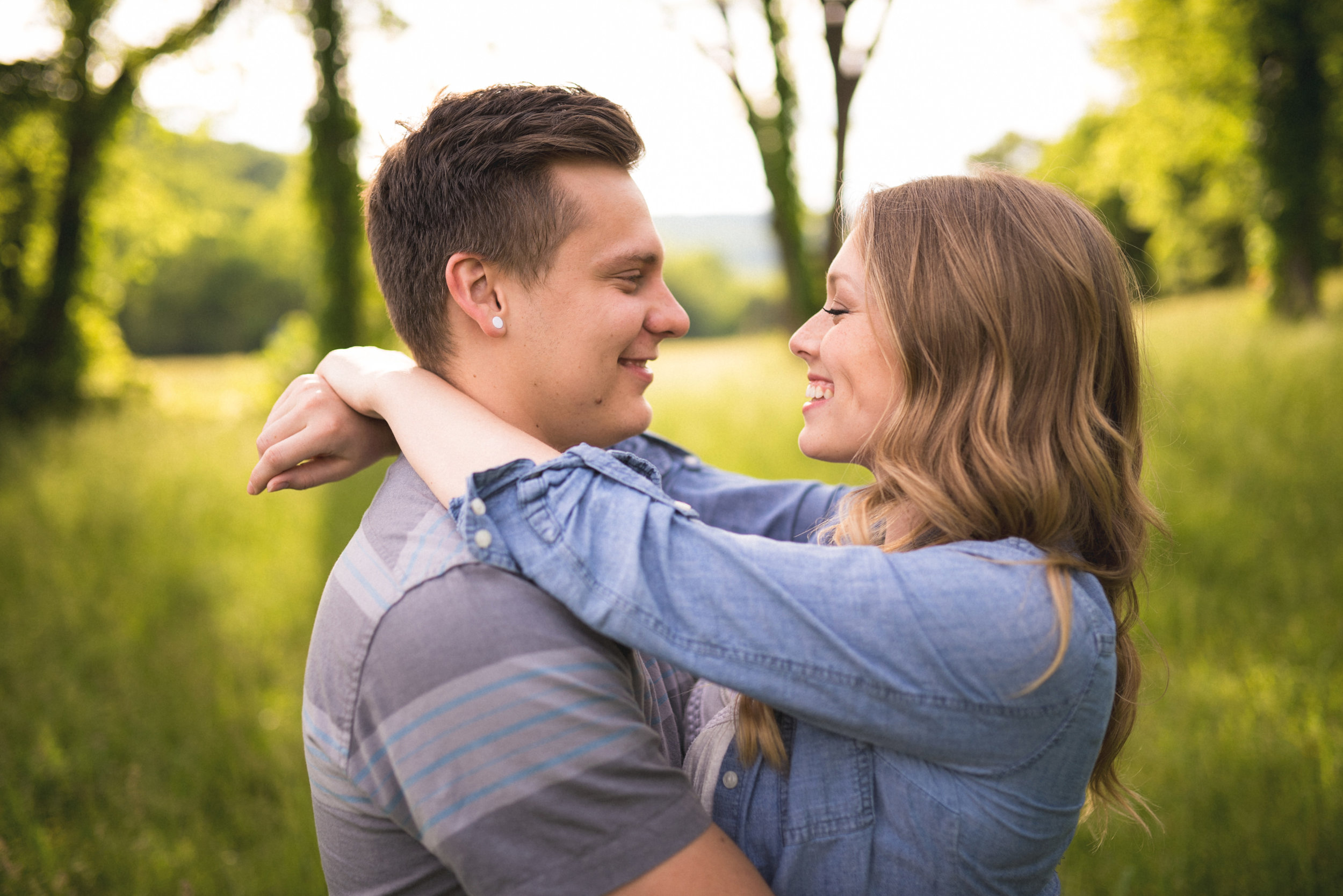 Colby and Jess-Buffalo-River-Arkansas-Engagement-Photography17.jpg