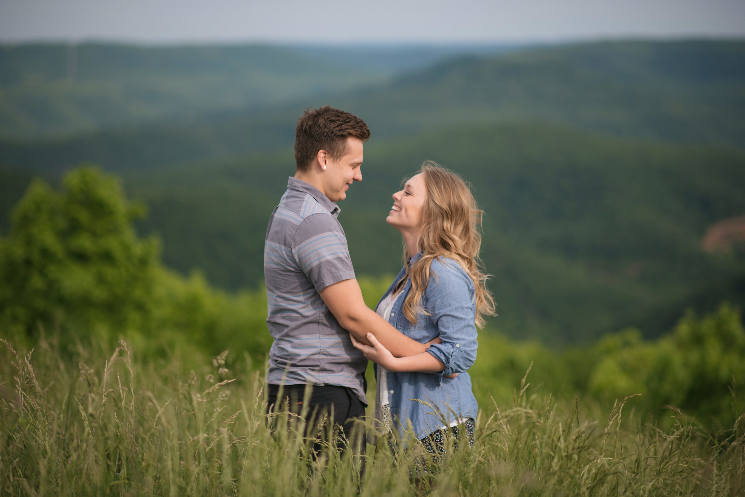 Colby and Jess-Buffalo-River-Arkansas-Engagement-Photography49.jpg