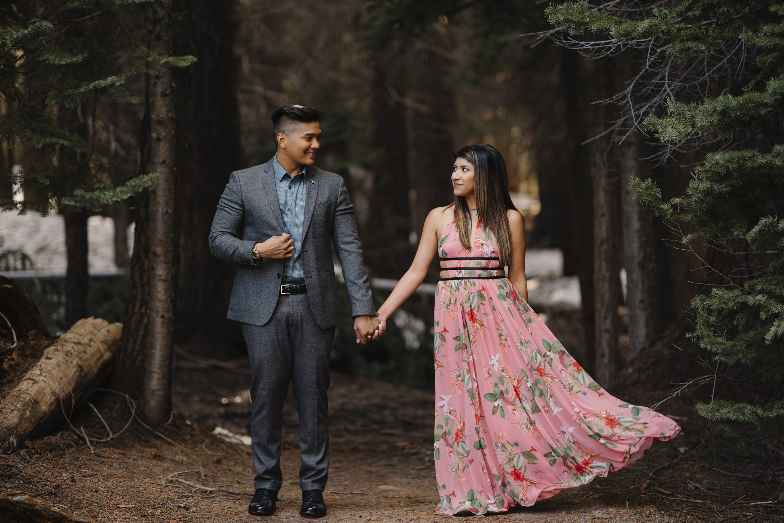 We stopped in this beautiful spot on the Taft Point Trail for the engagement photos.  Photography by Yosemite Wedding Photographer Colby and Jess Photography.  colbyandjess.com