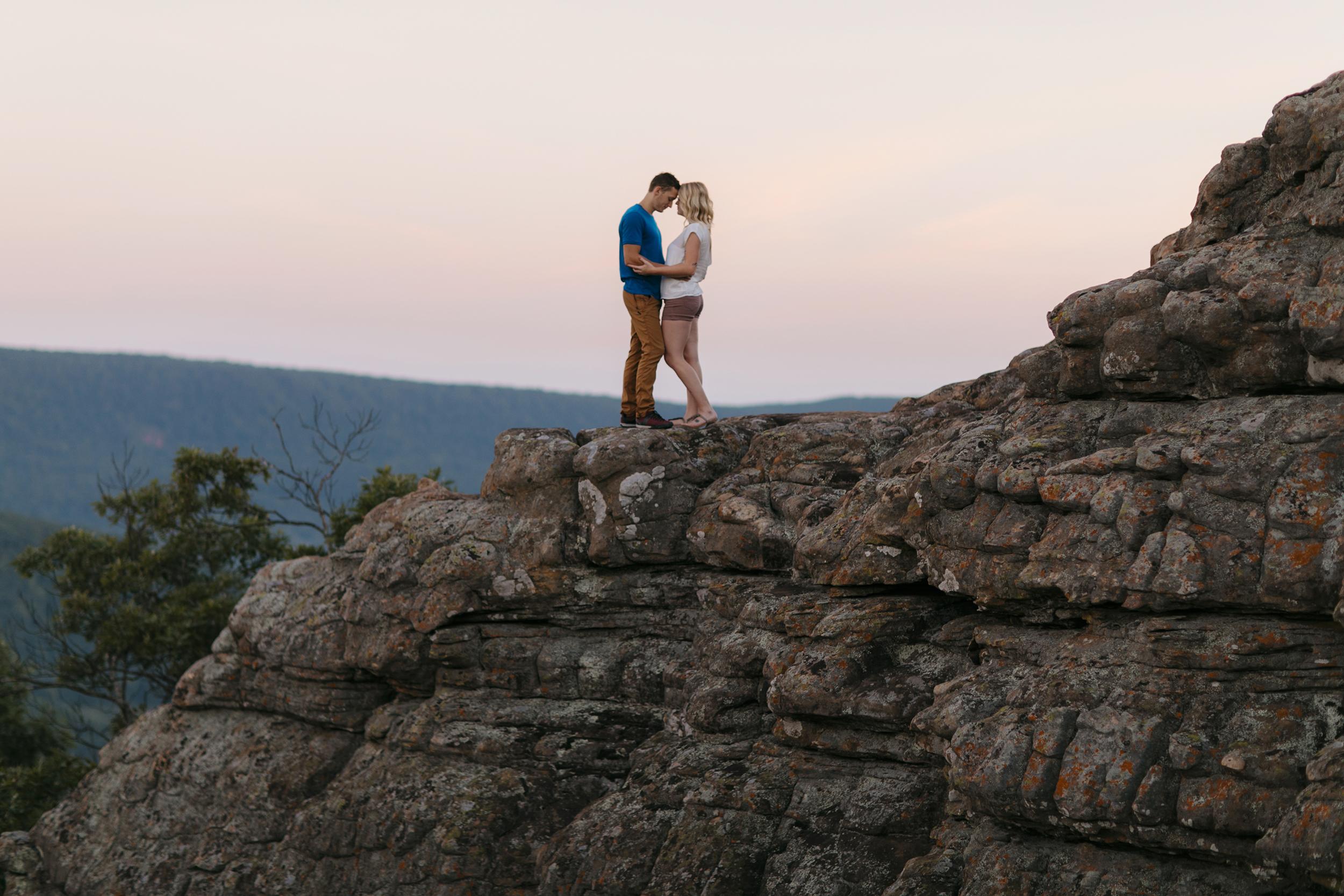 Buffalo-River-Arkansas-Sams-Throne-Adventure-Engagement-Photographer3.JPG