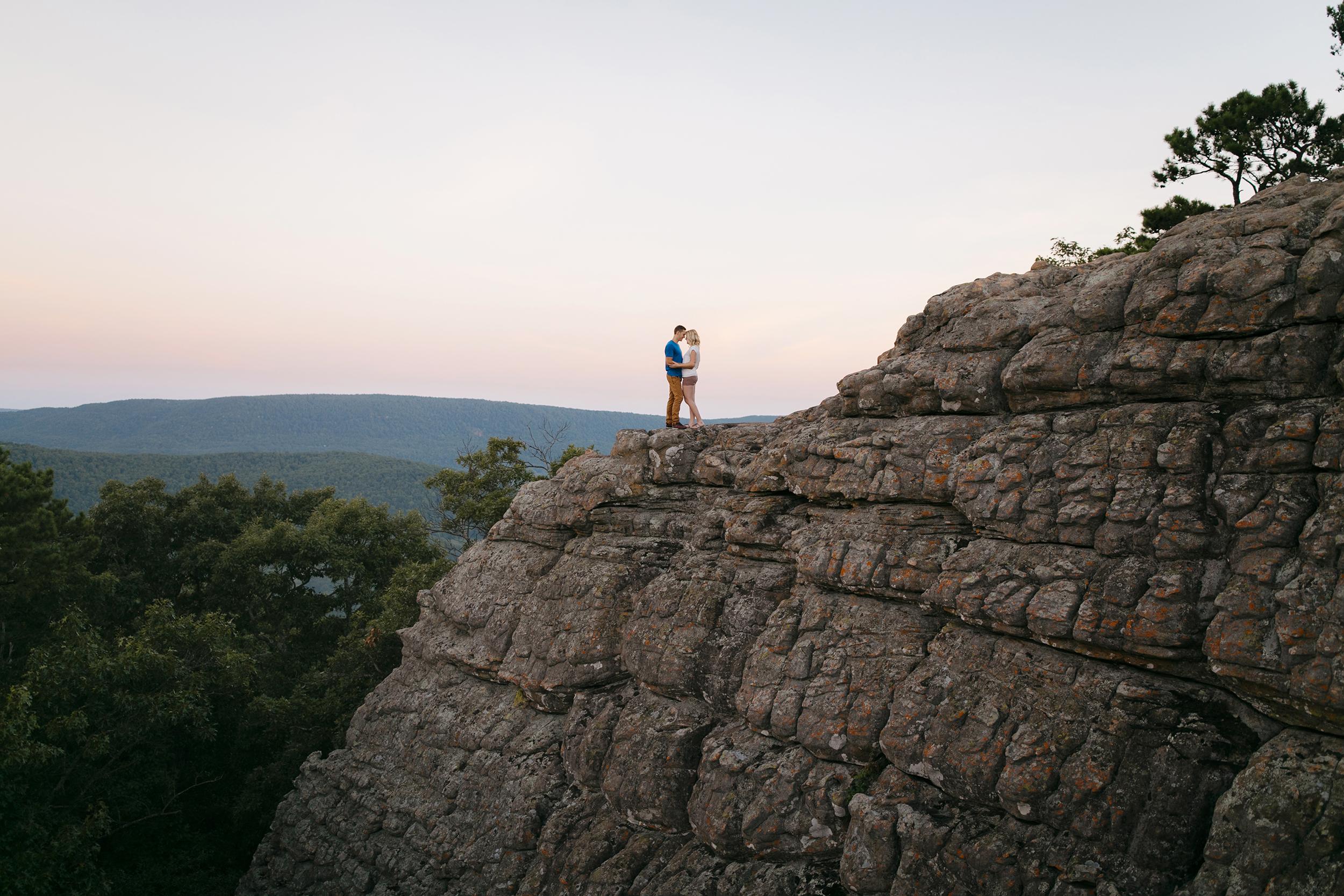 Buffalo-River-Arkansas-Sams-Throne-Adventure-Engagement-Photographer92.JPG