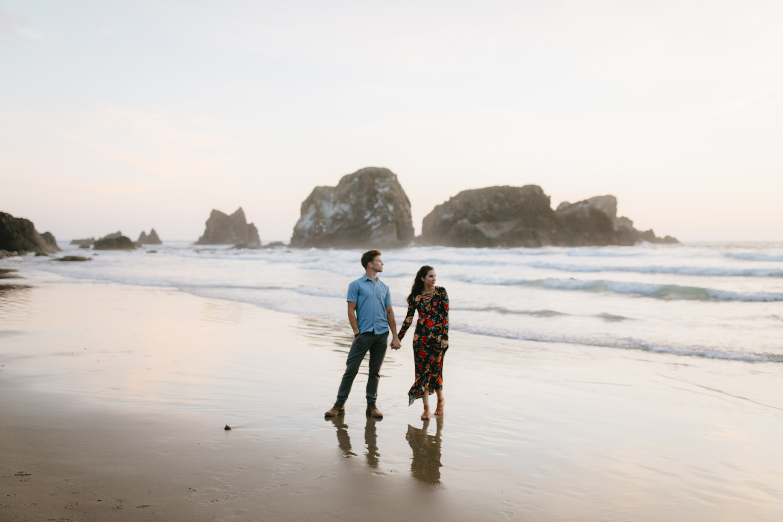 Cannon-Beach-Adventure-Engagement-Photography-Oregon-Destination-Elopement-Photographer177.JPG
