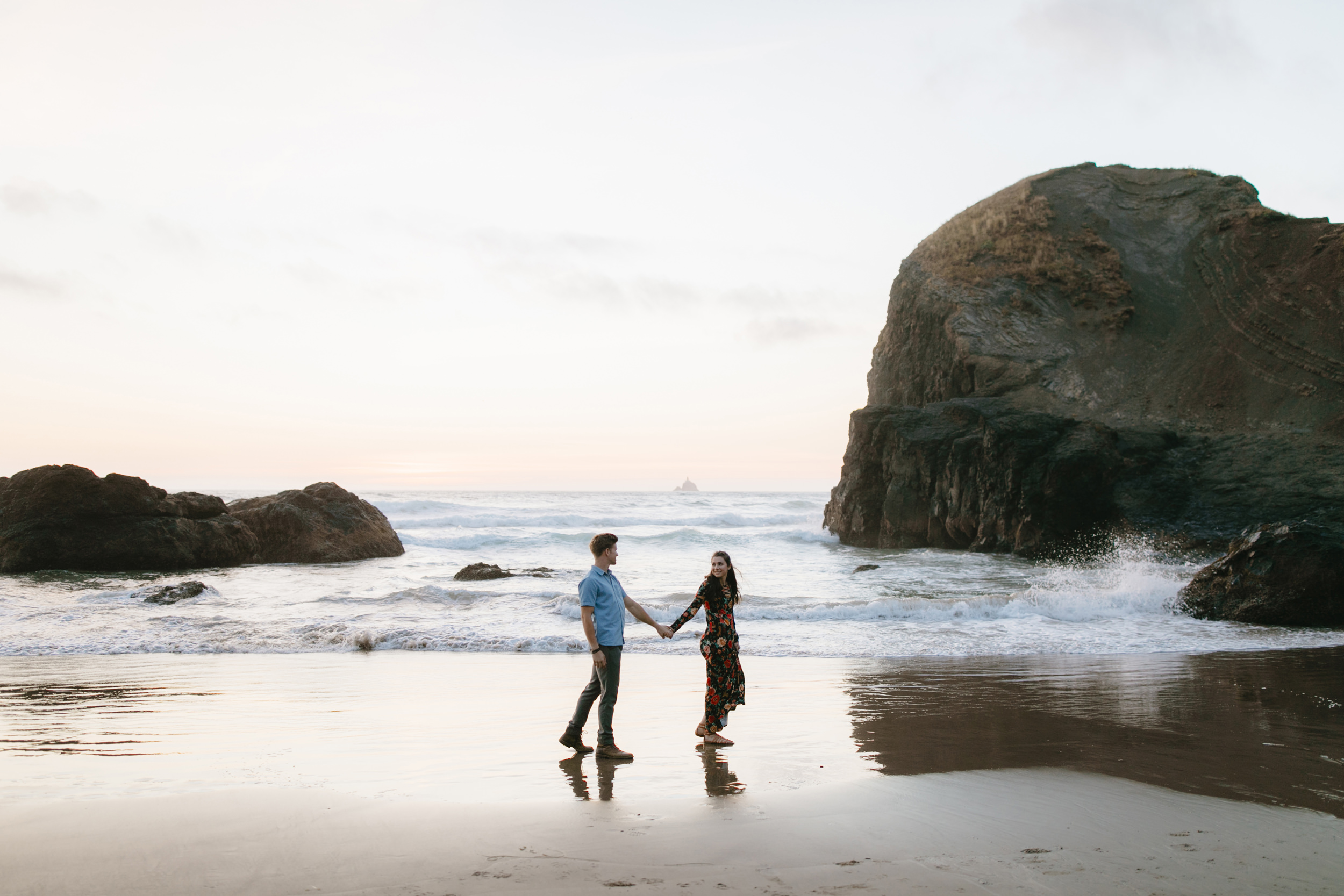 Cannon-Beach-Adventure-Engagement-Photography-Oregon-Destination-Elopement-Photographer178.JPG