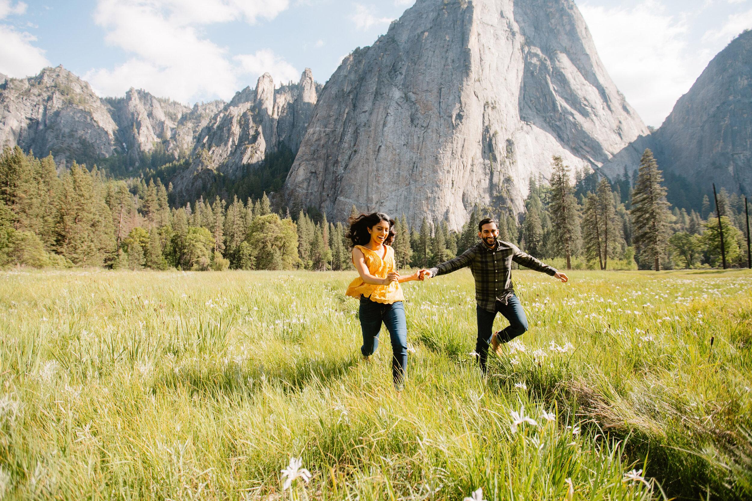 Yosemite-adventure-engagement-photographer 018.jpg