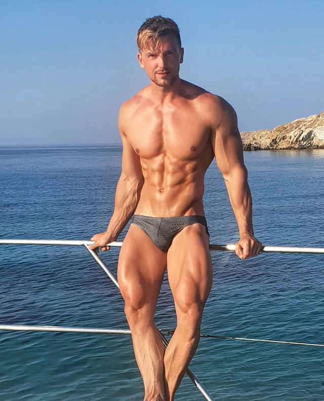 #Aronikmate of the day: @i.am.andy! Looking like a #Greek god in #Mykonos rocking Aronik 🐝
