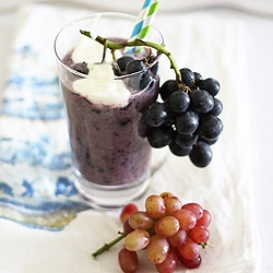 Grape & Flaxseed Smoothie