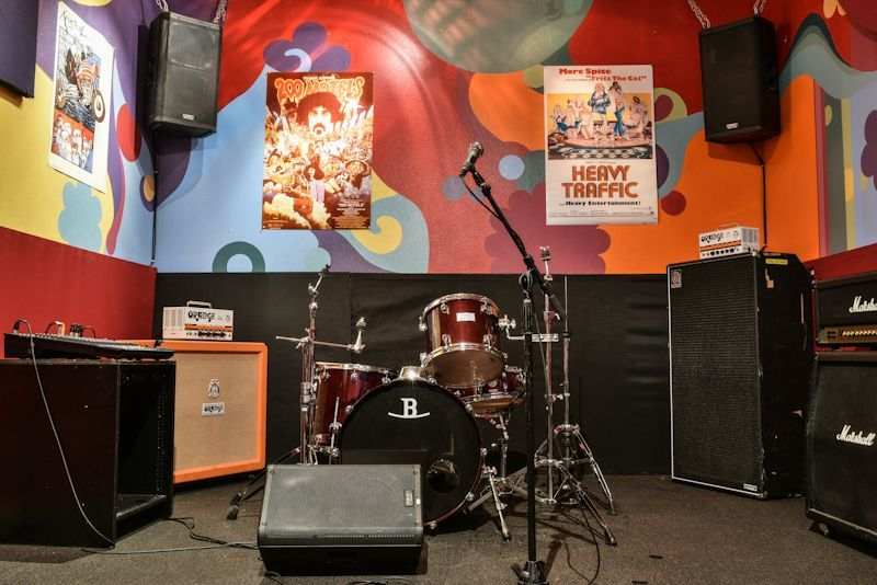 Room B  is our 60's psychedelic themed room. So put on your granny glasses, because you're about to groove out.