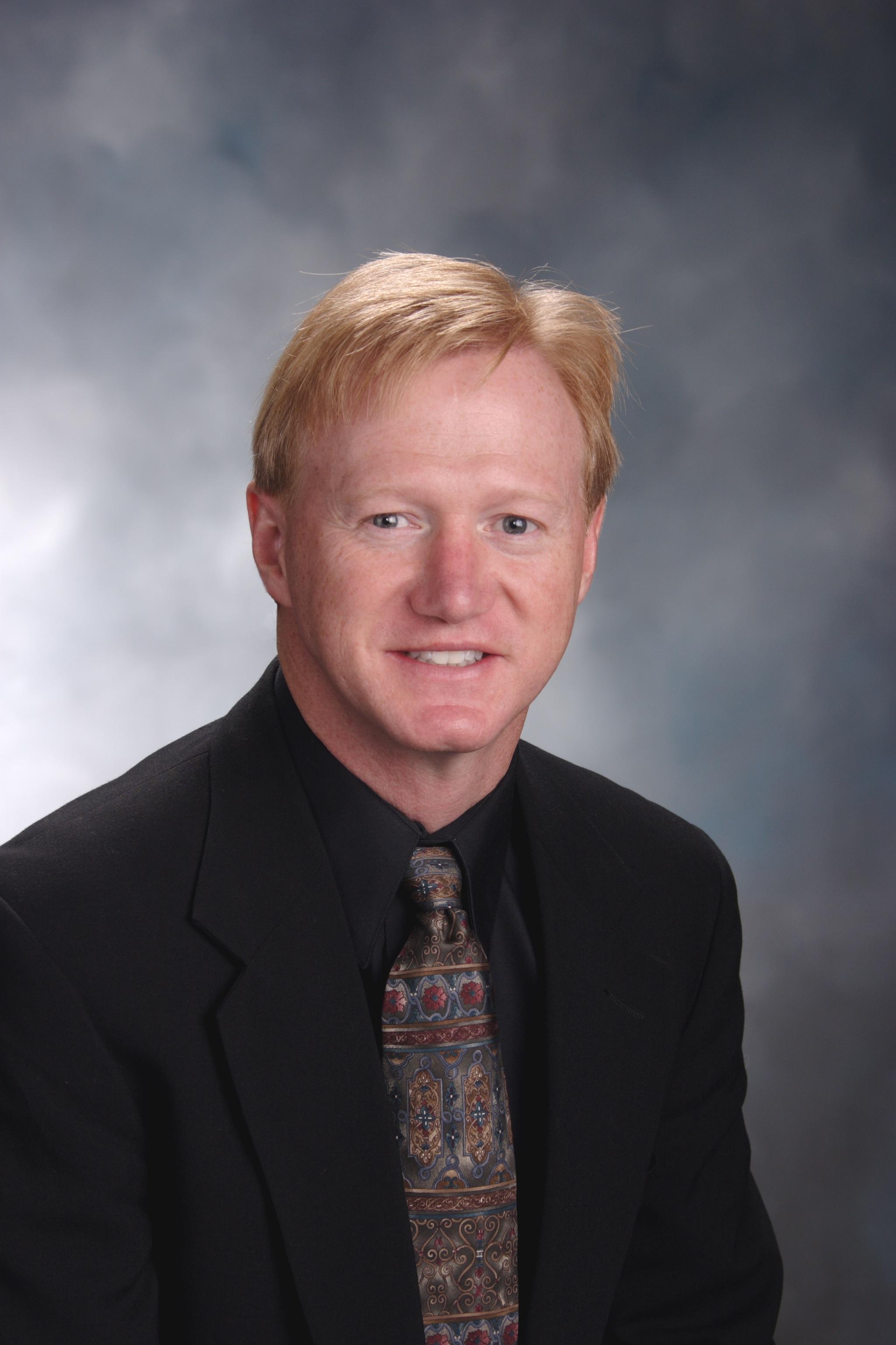 Dr. Randy Fitch, DACVS