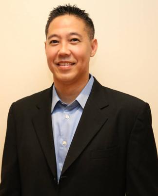 Award winning Honolulu Best Dentist Dr Wade Takenishi