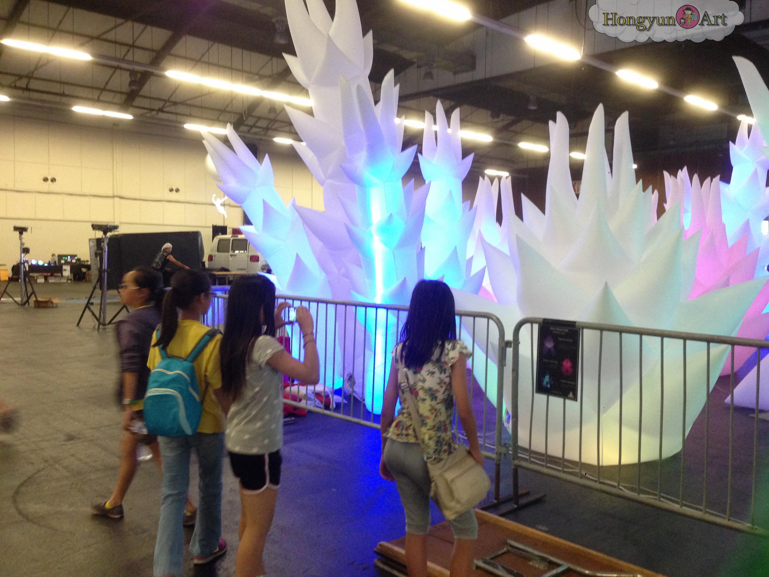 2014-05-Hongyun-Art-MakerFaire-035.jpg