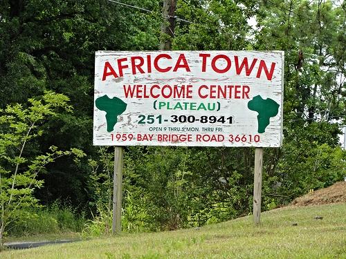 africa-town-01.jpg