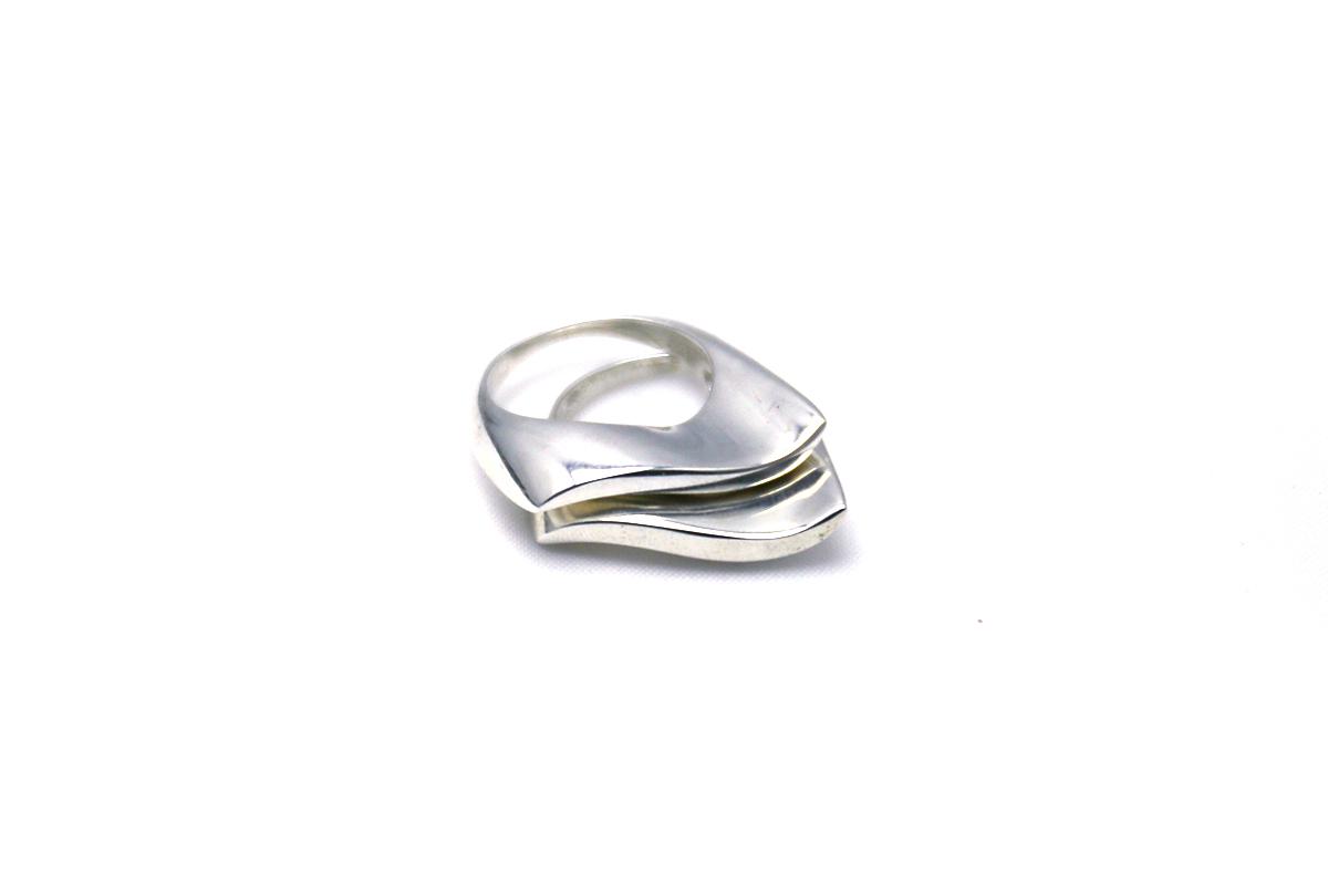 rising-tide-ring-isobell-designs.jpg
