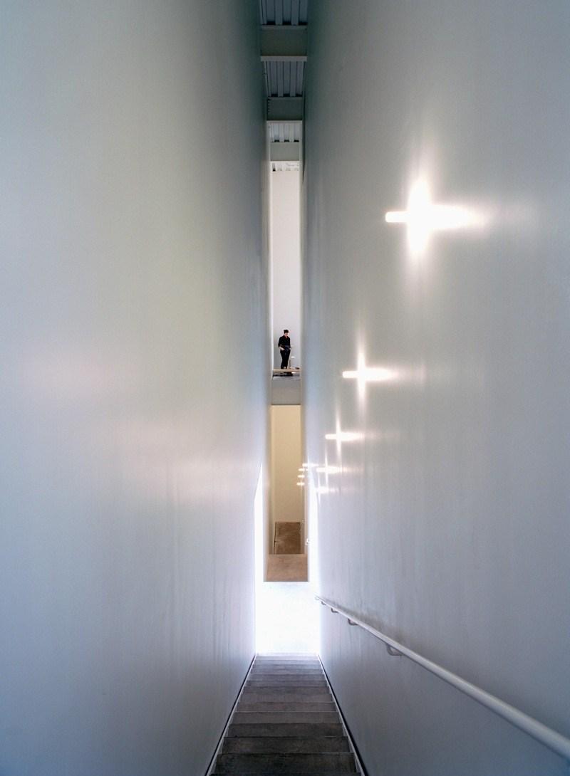SANAAs_New_Museum_Stairwell_Credit_Dean_Kaufman.jpg