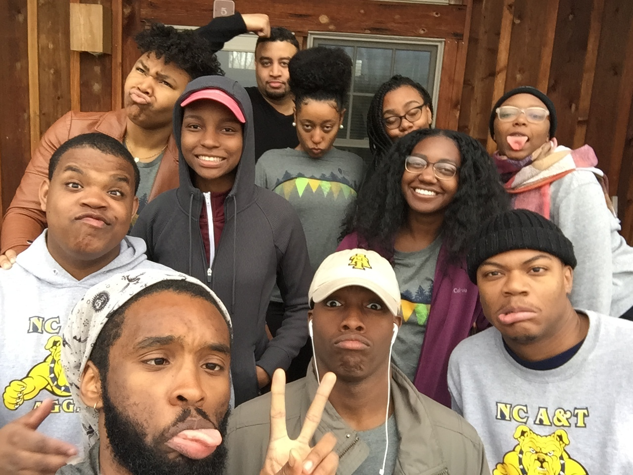 Alternative Spring Break at James River State Park, Gladstone, VA