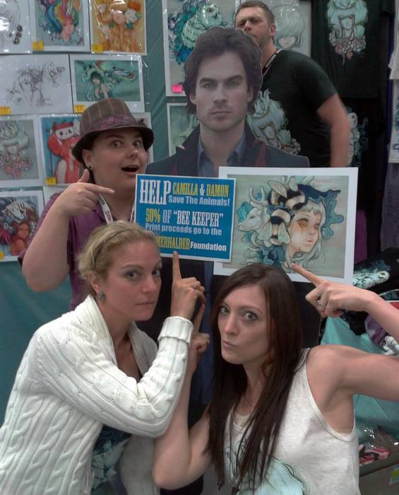 The d'Errico Studios girls and Ian Sommerhalder (cutout)