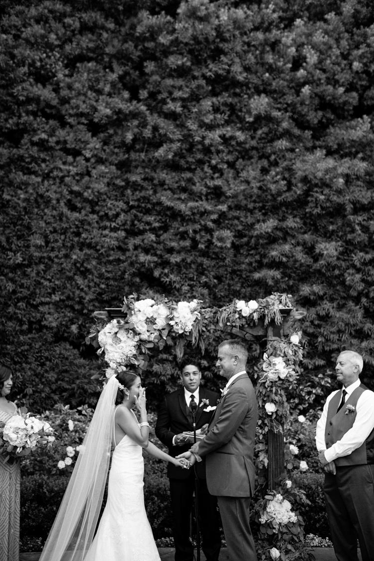 franciscan_gardens_san_jaun_capistrano_wedding094.jpg