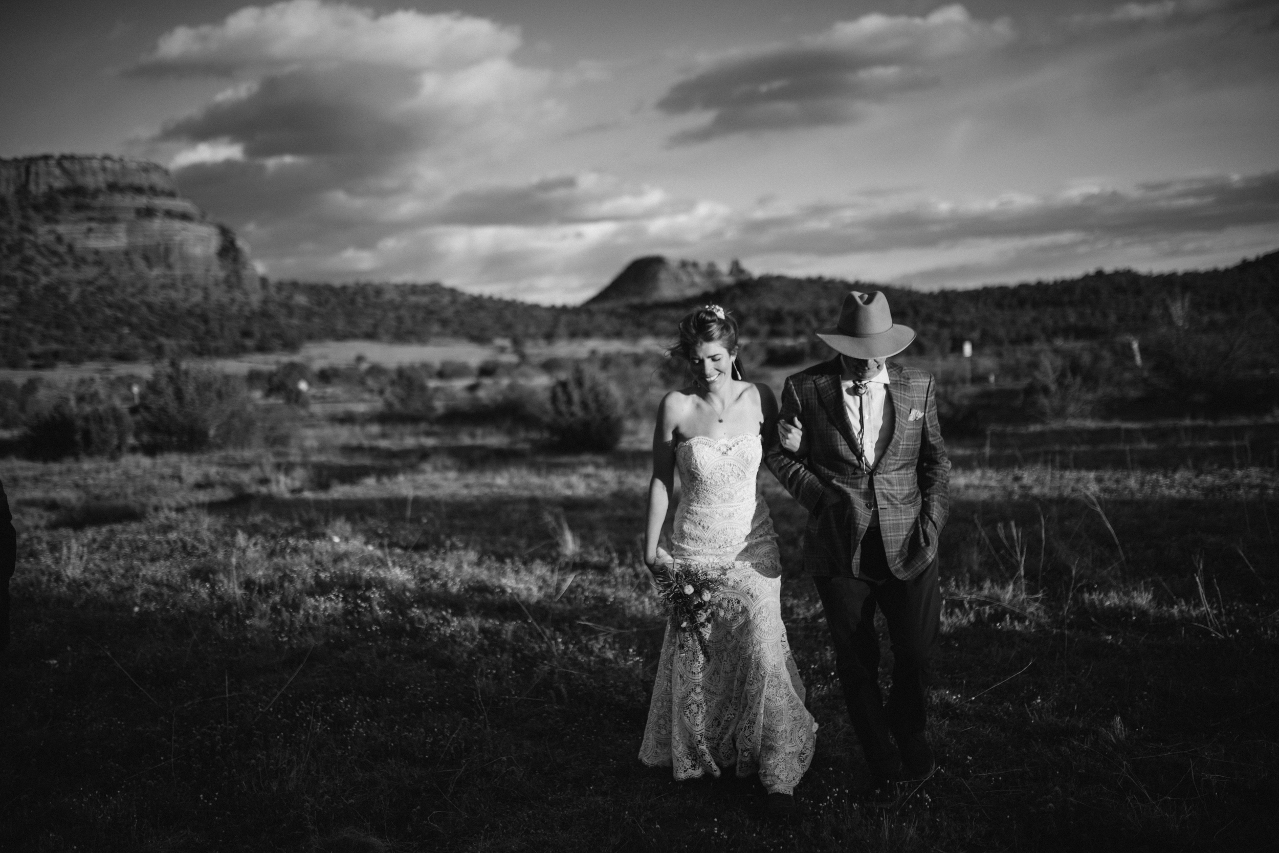 sedona_elopement_photographer-11.jpg