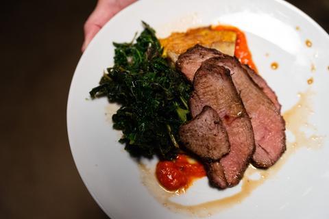 092918_Wild_Oregon_Food_Mecca_Grade_Farm_to_Table_Dinner-076_large.jpg