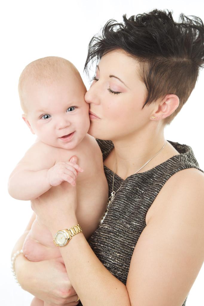 Mamma och bebis porträtt.jpg