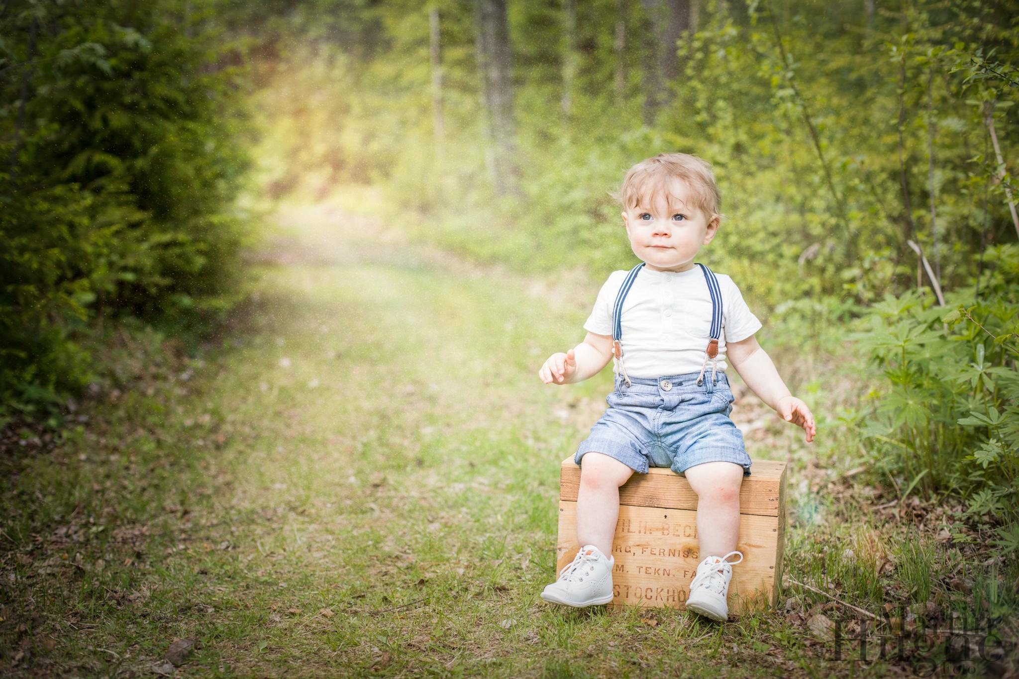 Portrait child forest.jpg