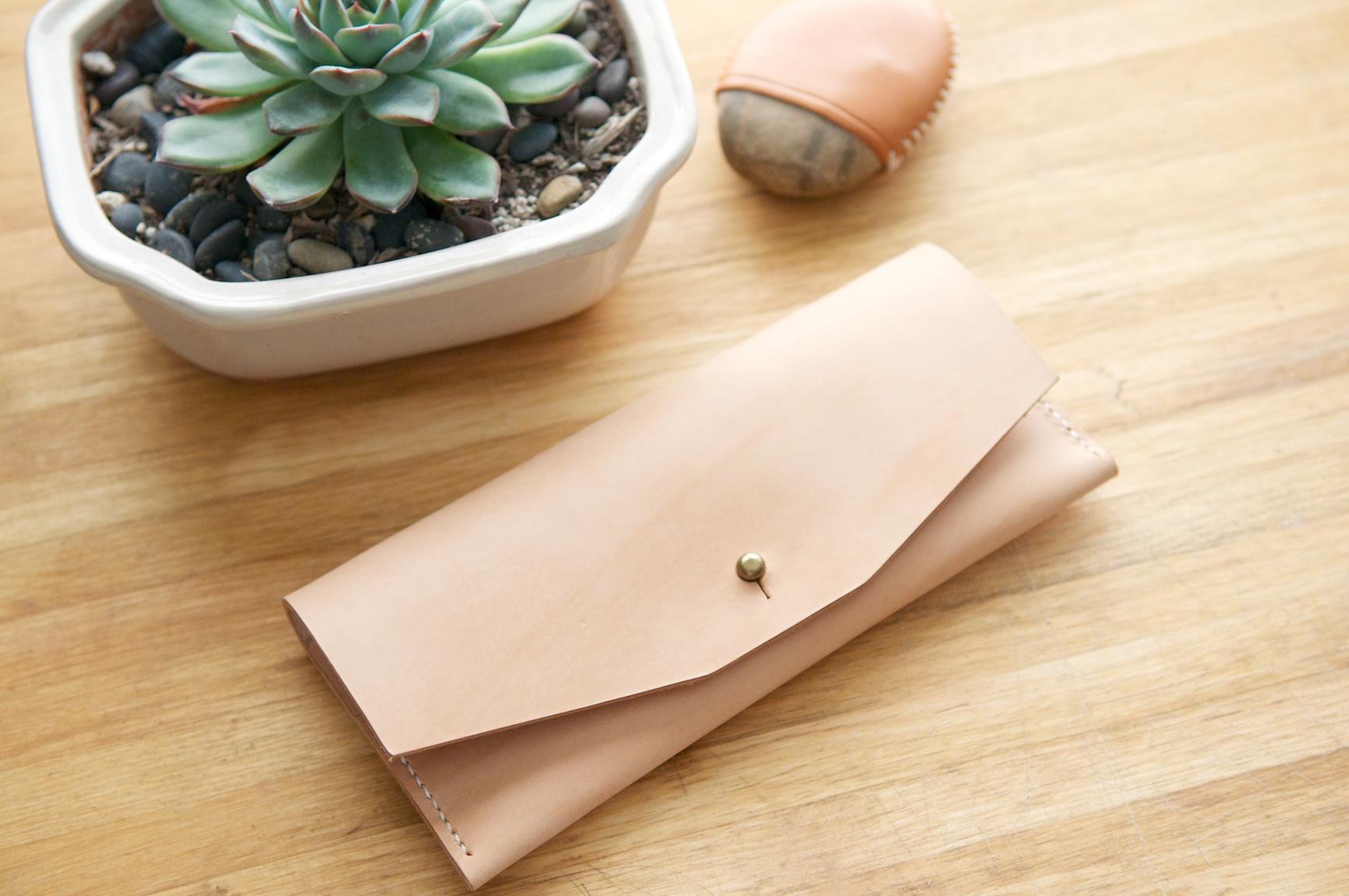 Leather Ladies Wallet | Half Light Bindery