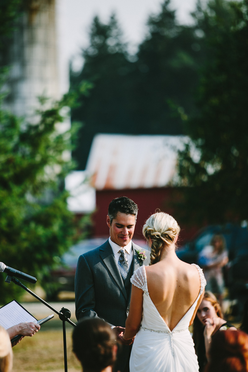 berger_0395_sol-gutierrez-wedding-mazama-winthrop-methow.jpg