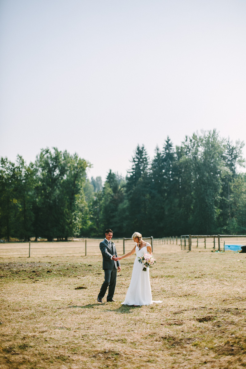 berger_0110_sol-gutierrez-wedding-mazama-winthrop-methow.jpg