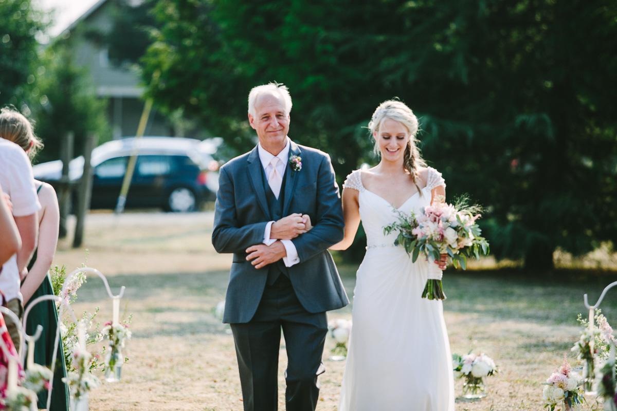 berger_0367_sol-gutierrez-wedding-mazama-winthrop-methow.jpg