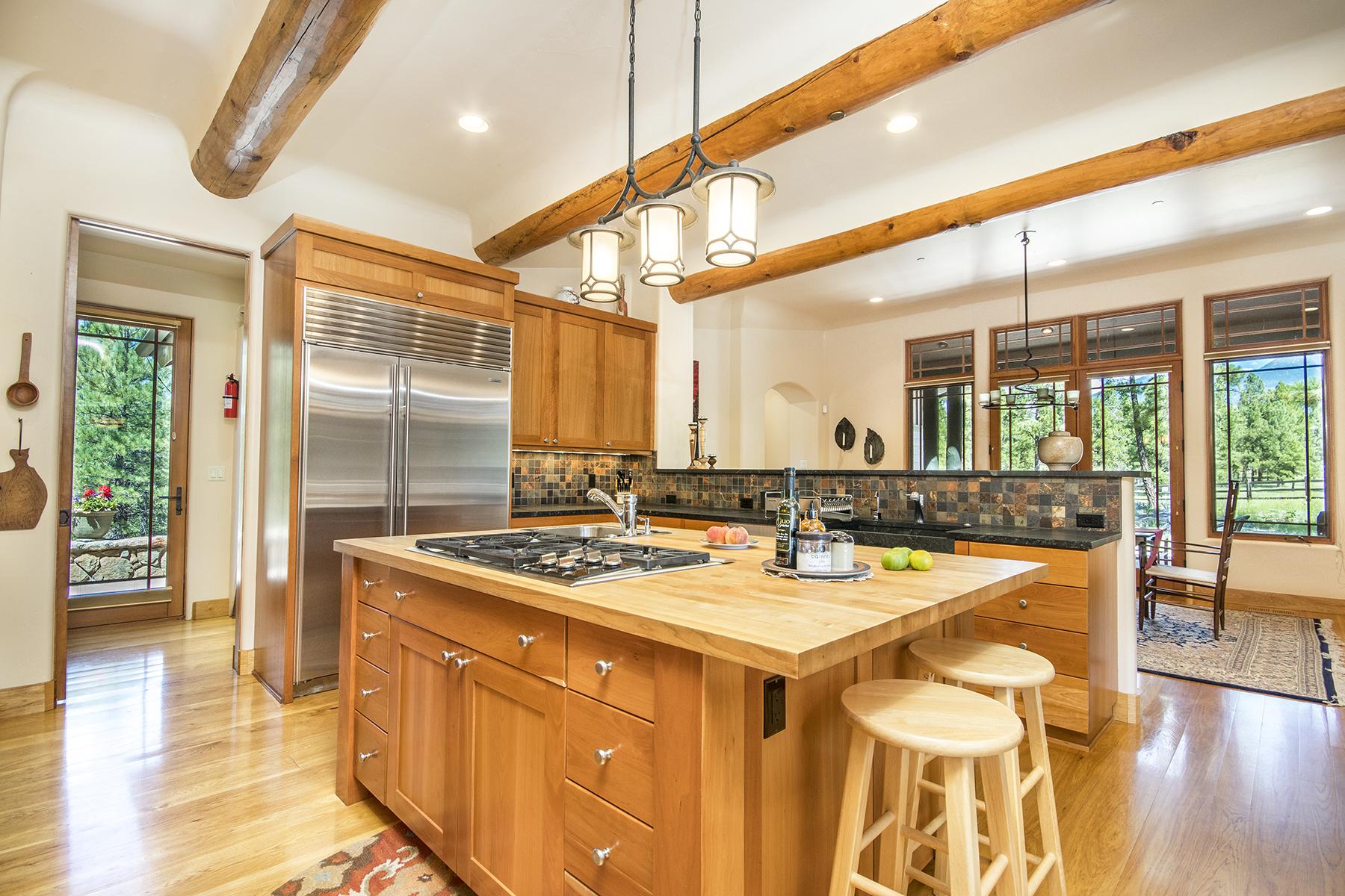 10_Kitchen2 3.jpg