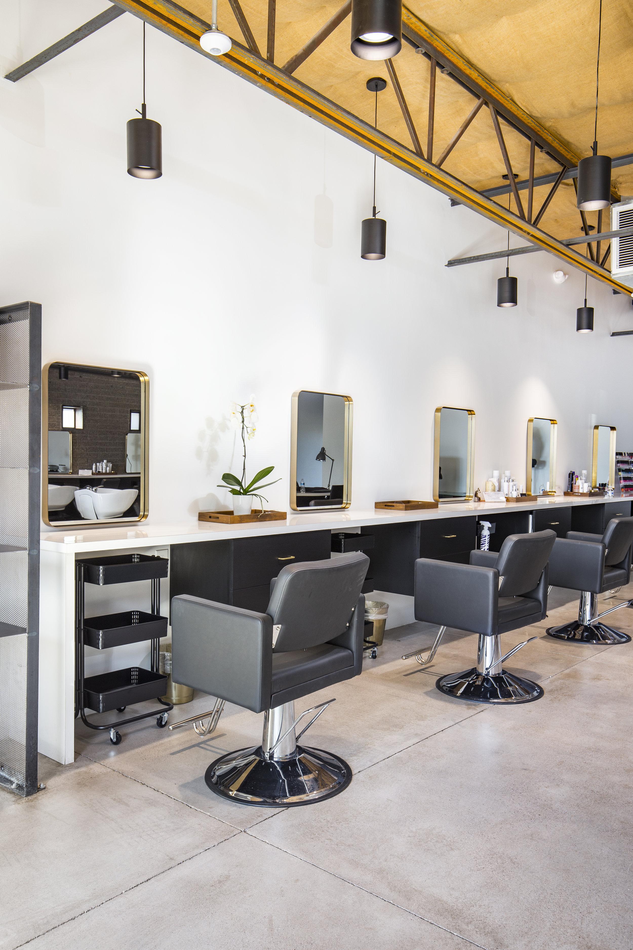 Salon Interior5.jpg
