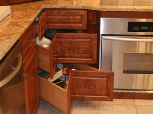 Kitchen design in Newtown, PA with Corner Pie Cut Drawers.