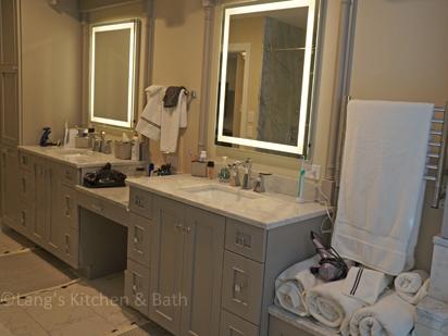 Contemporary master suite bathroom design