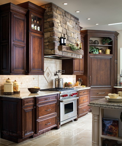 Traditional kitchen design with classic cabinet hardware.