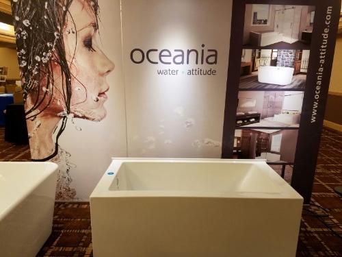 Oceania tub display