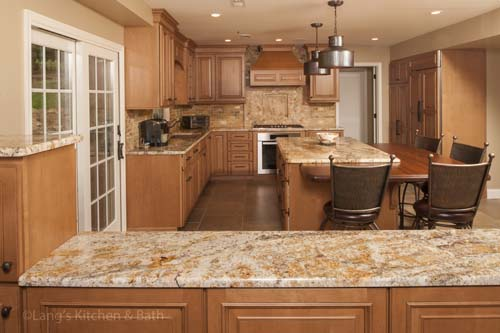 kitchen design with tumbled marble countertop.