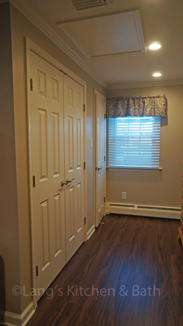 bedroom design with new floor and closet