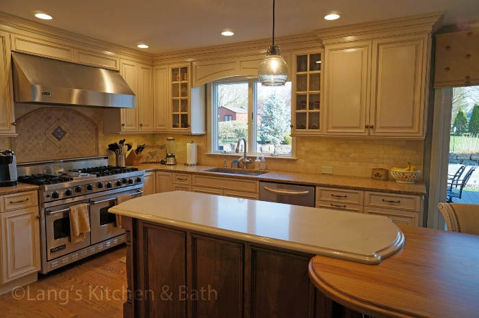 Kitchen design with vignette on countertop