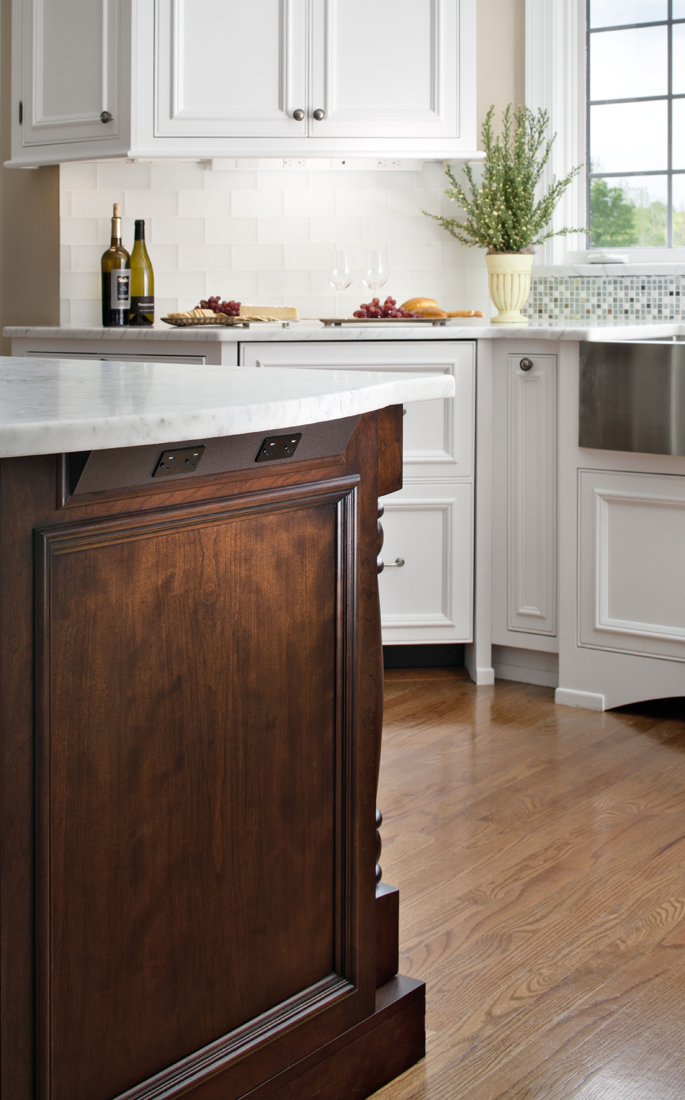 Kitchen design with angled power strip