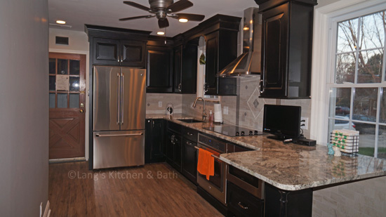 black and stainless kitchen design