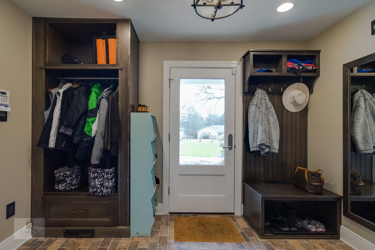 mudroom and entry way design