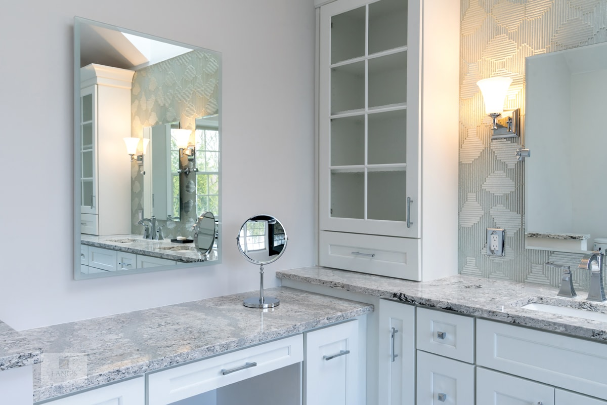 bath design with gray quartz countertop